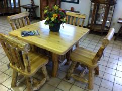 Beautiful Cedar Table!